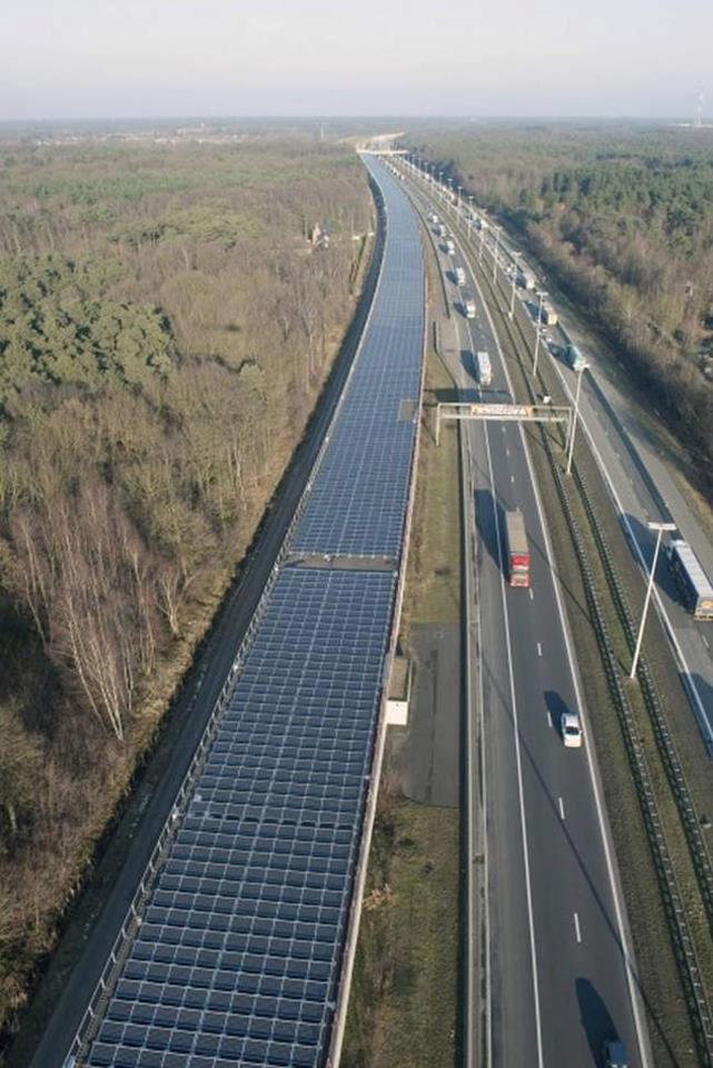 Autostrada cu panouri solare