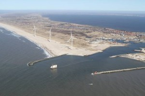 Wind Turbines can Finance Harbour Expansion