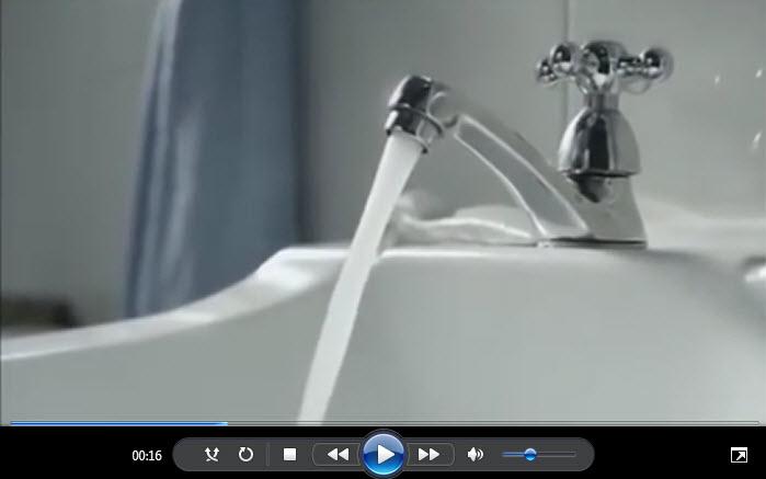 Apa ce curge 01