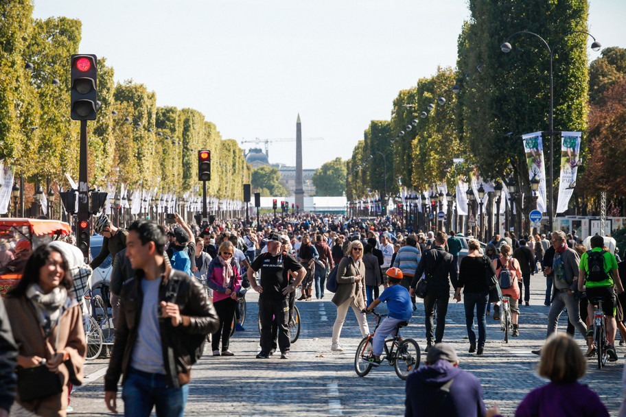 Day with no cars in Paris